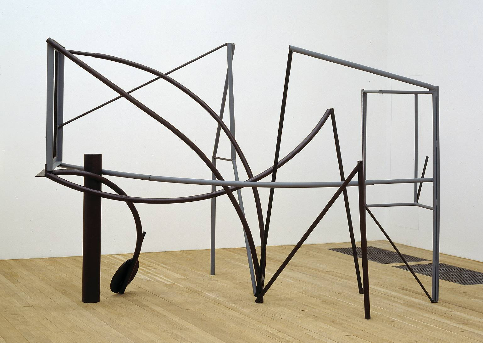 Emma Dipper 1977 by Sir Anthony Caro born 1924